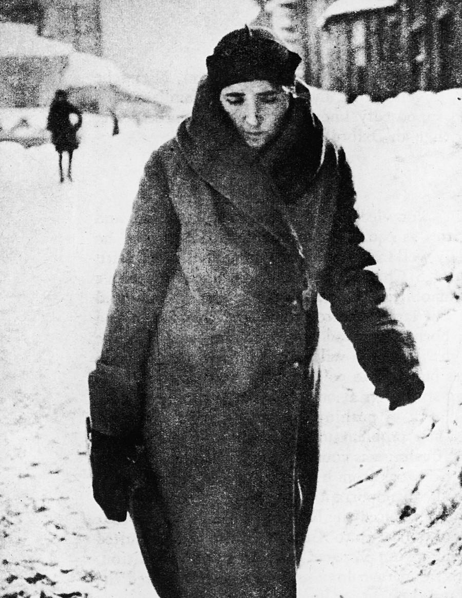 Nadezhda Alliluyeva (1901 - 1932), seconda moglie di Stalin, madre di Vassilij e Svetlana