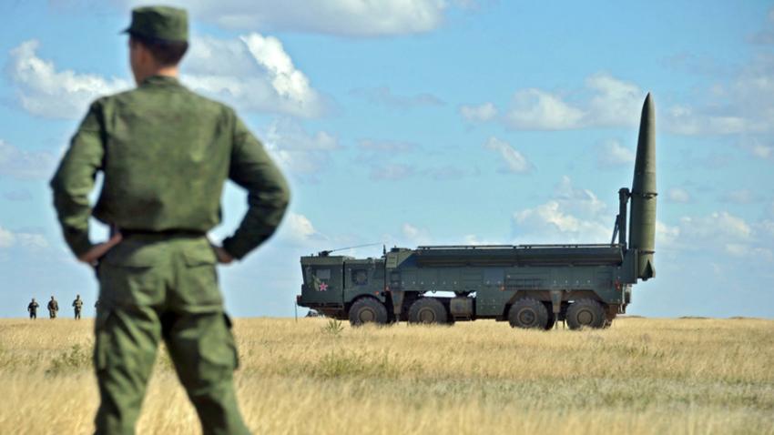 Sistem Iskander-M  na vojaških vajah.