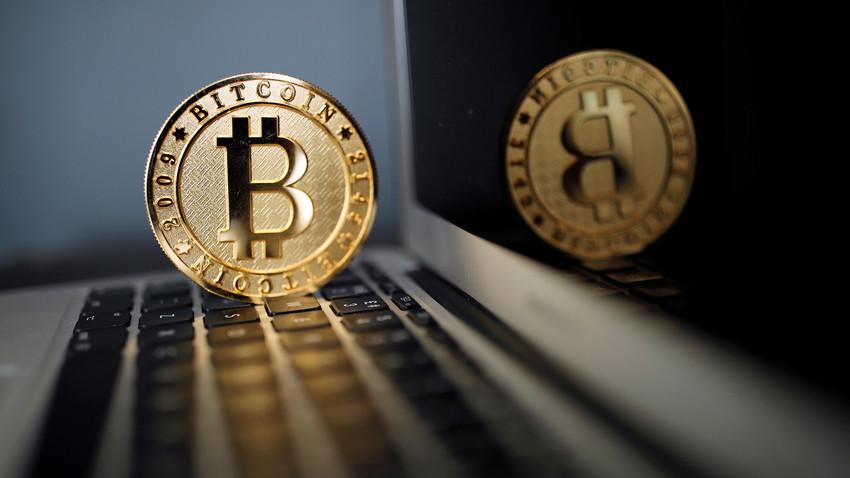 Hoje existem cerca de 3 mil criptomoedas diferentes, mas não há uma compreensão comum de como regular seu volume de negócios.