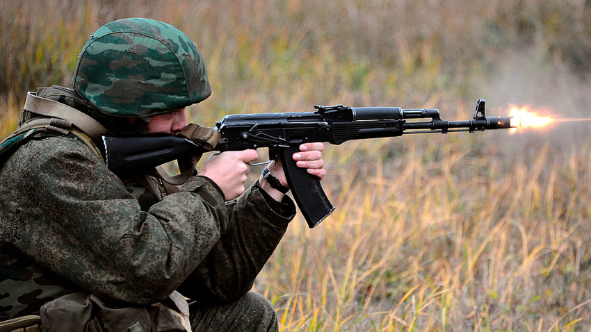 A Russian soldier during military drills with an AK-74