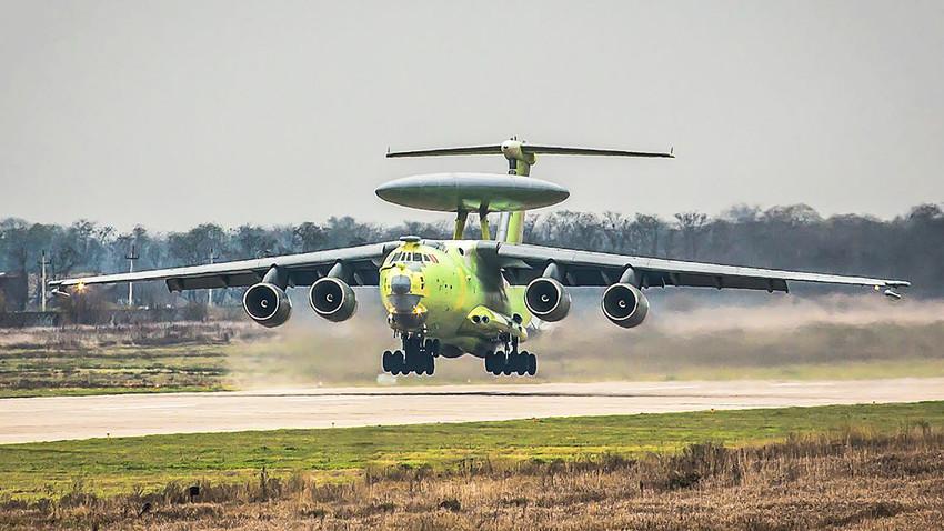 """""""Летећи радар"""" А-100, авион за радарско откривање и управљање великог домета."""