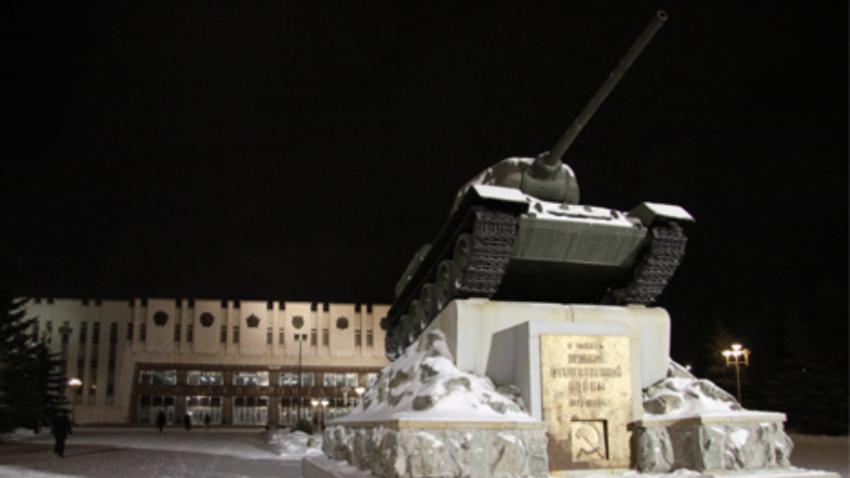 Tank T-34, ki ga je izdelal Uralvagonzavod med drugo svetovno vojno.