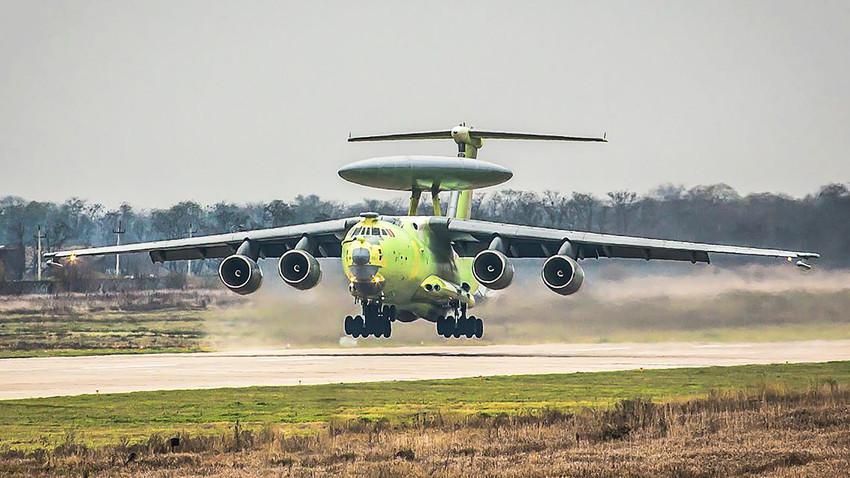 """""""Leteći radar"""" A-100, zrakoplov za radarsko otkrivanje i upravljanje velikog dometa."""