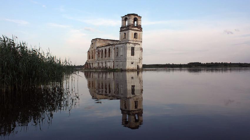 The Krokhino church.