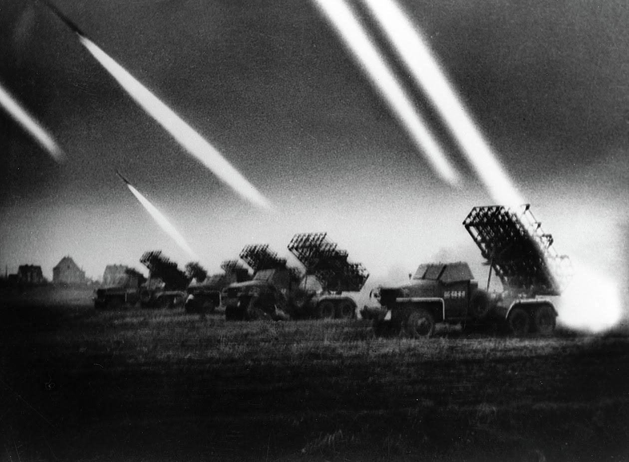 Raketometi Katjuša in salve na 1. ukrajinski fronti