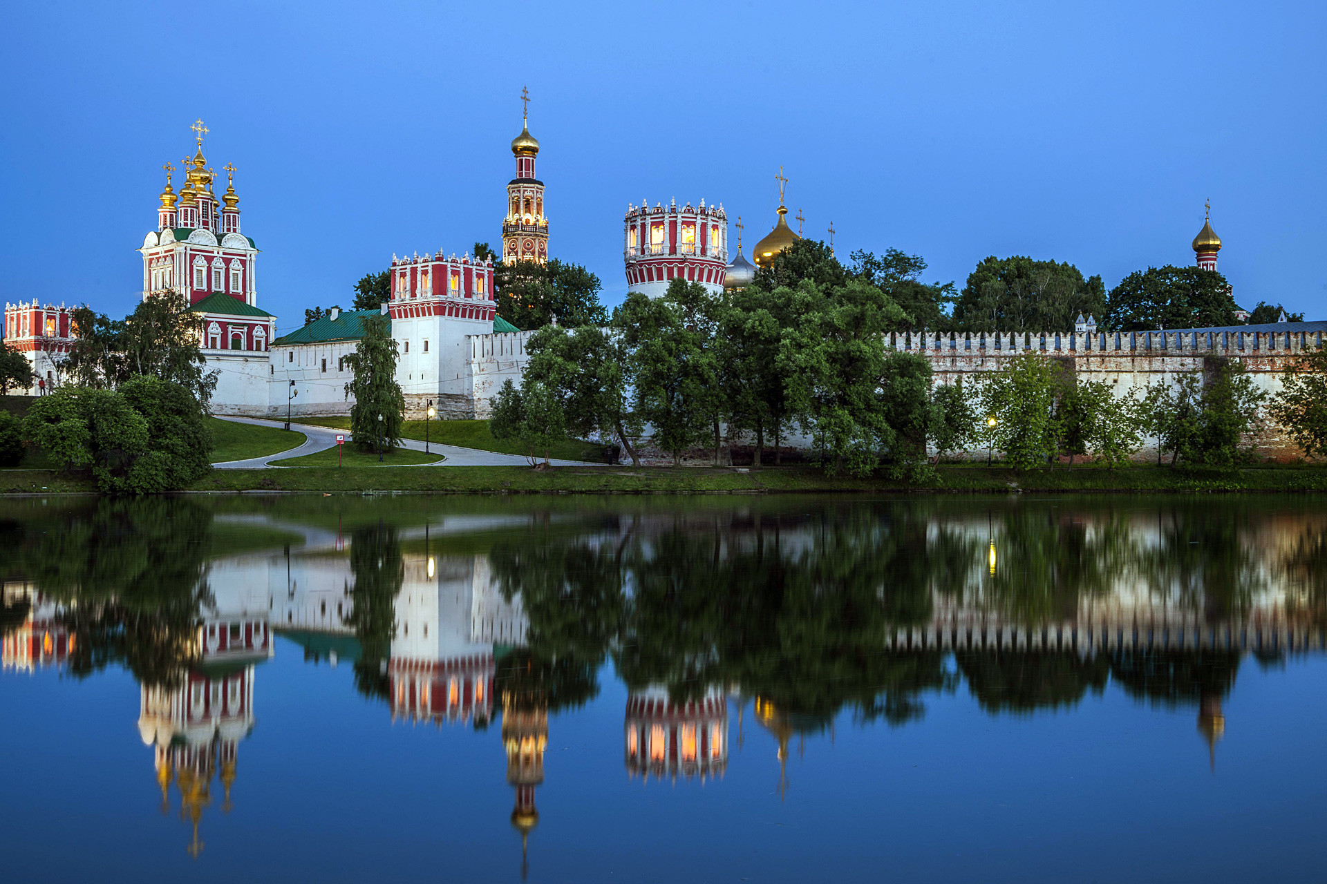 Новодевичия манастир
