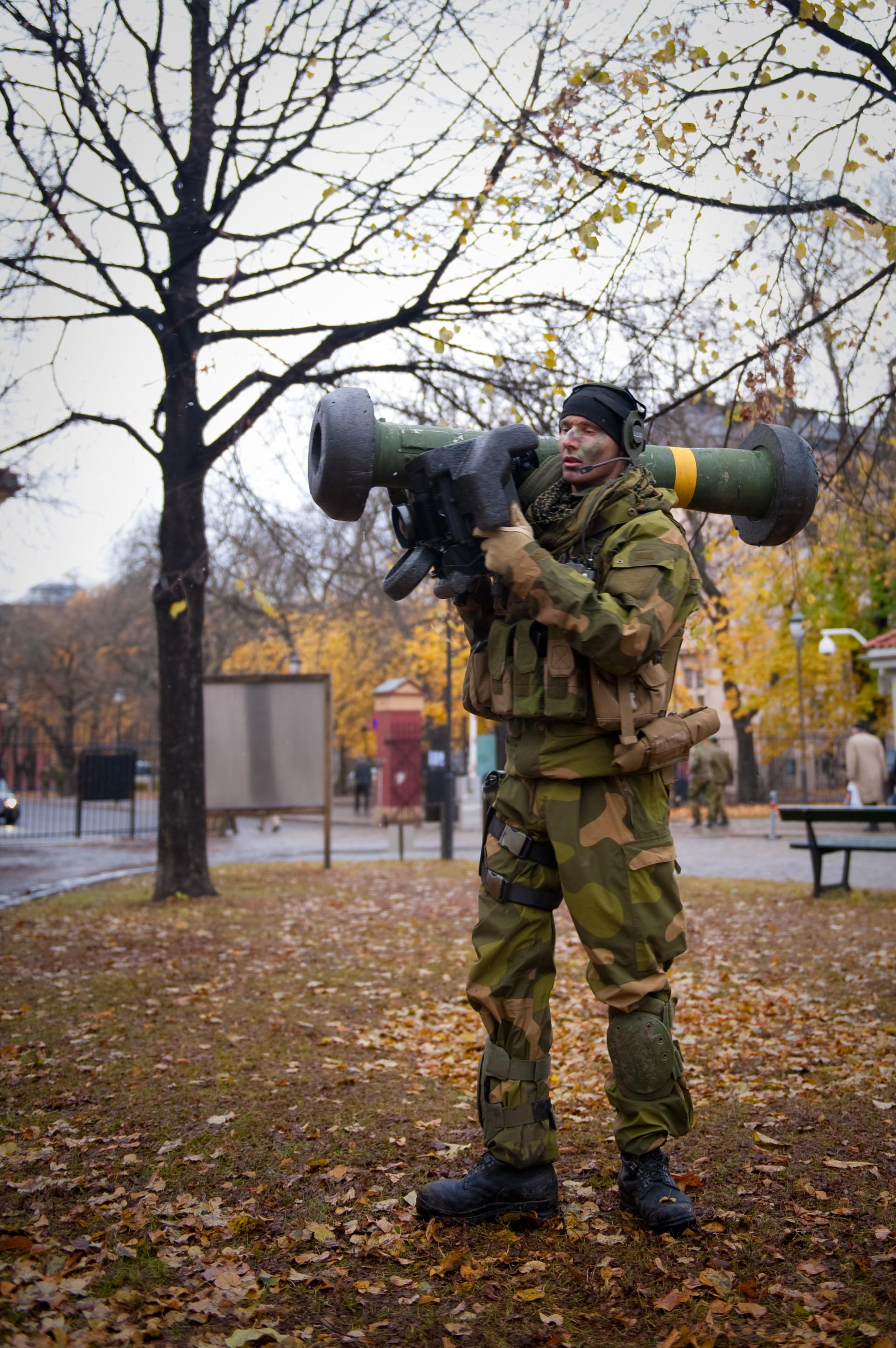 FGM-148 Javelin у опреми норвешког војника