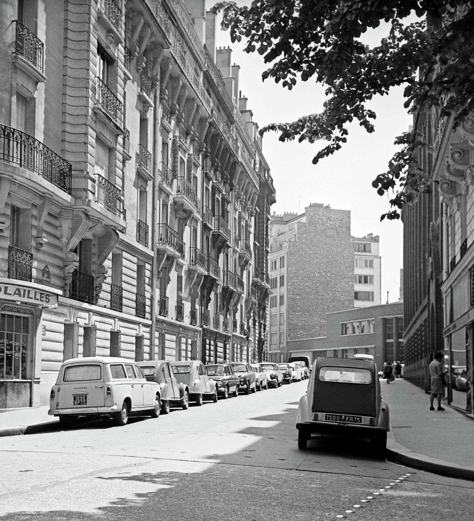 Vue sur l'ancien Musée Lénine, au 4, rue Marie-Rose, ouvert le 27 avril 1955 et racheté depuis par le Parti Communiste français. Lénine y a vécu de juillet 1909 à juin 1912.