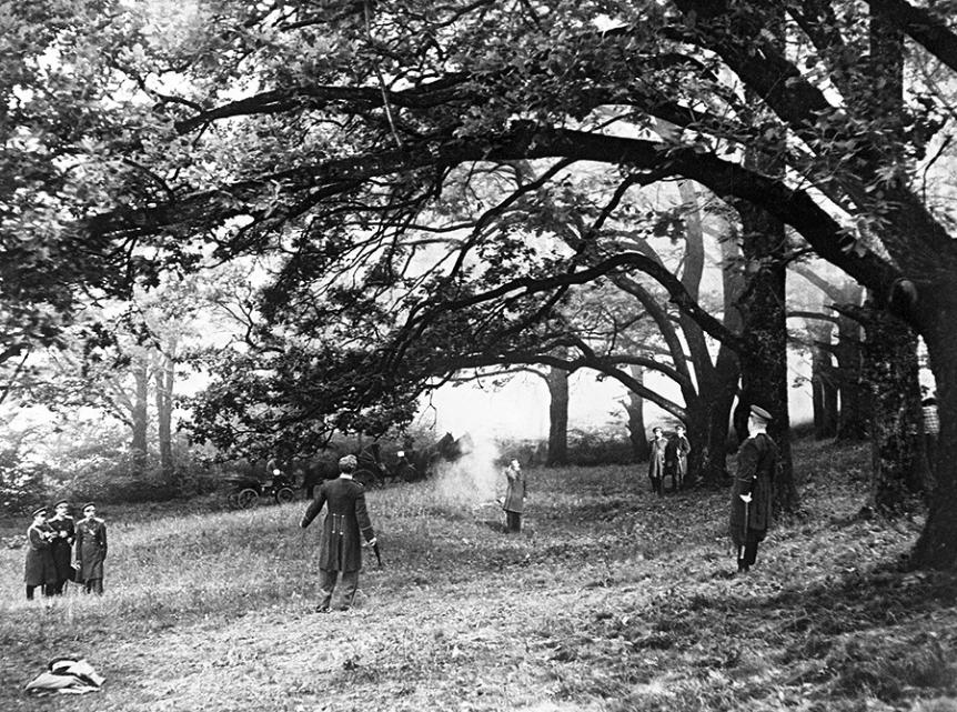 Scena iz filma Dvoboj, posnetega po motivih Puškinove zgodbe. Mosfilm, 1957.