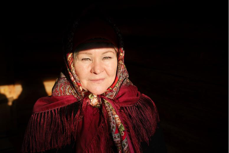 Anna Stepanovna dela v muzeju skupaj z Oduvančik-Svetlano. Včasih sta do službe hodili 3 km v vsakem vremenu, danes se vozita.