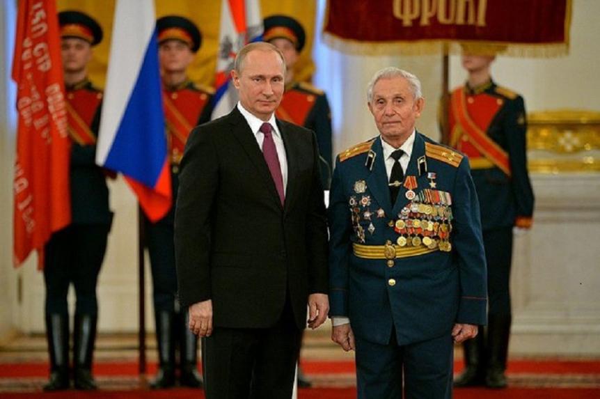 Ruski predsednik Vladimir Putin in Pavel Sjutkin.