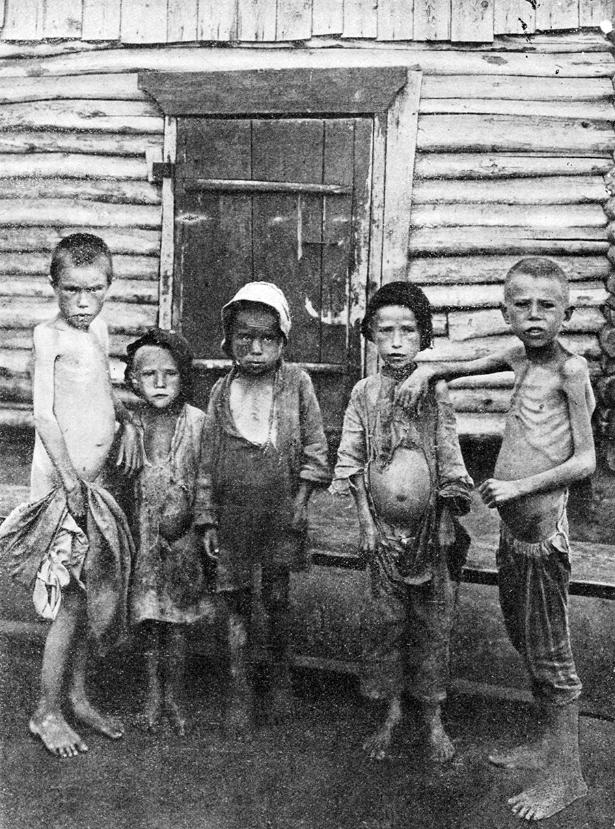 Ocene pravijo, da je zaradi lakote v Rusiji umrlo med 5 in 10 milijoni ljudi, med njimi je bilo največ otrok.