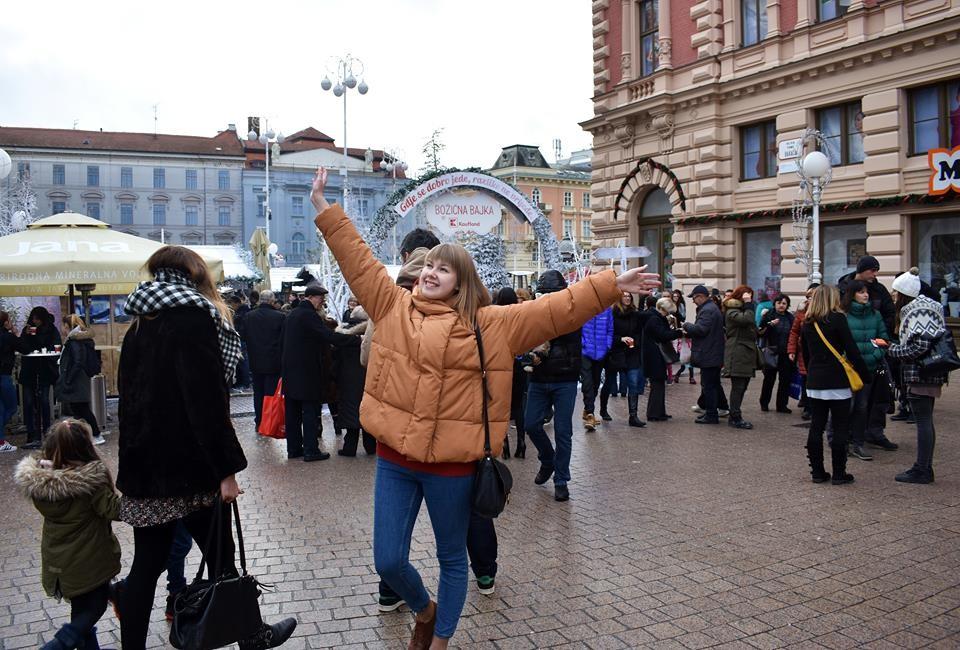 Marija Panarina na Trgu Bana Ječačića u Zagrebu.