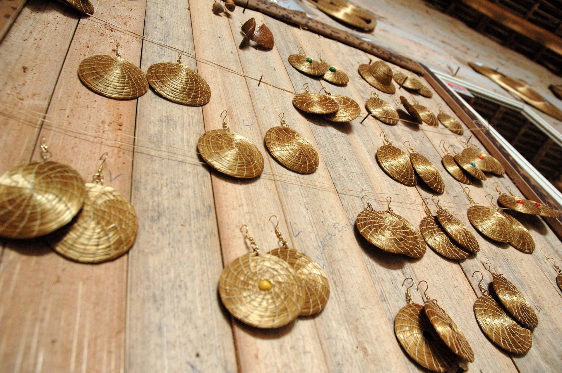 Brincos de Capim Dourado