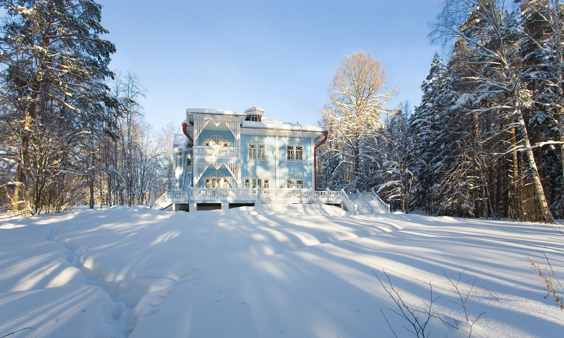 Residência de Snegúrotchka em Schelikovo