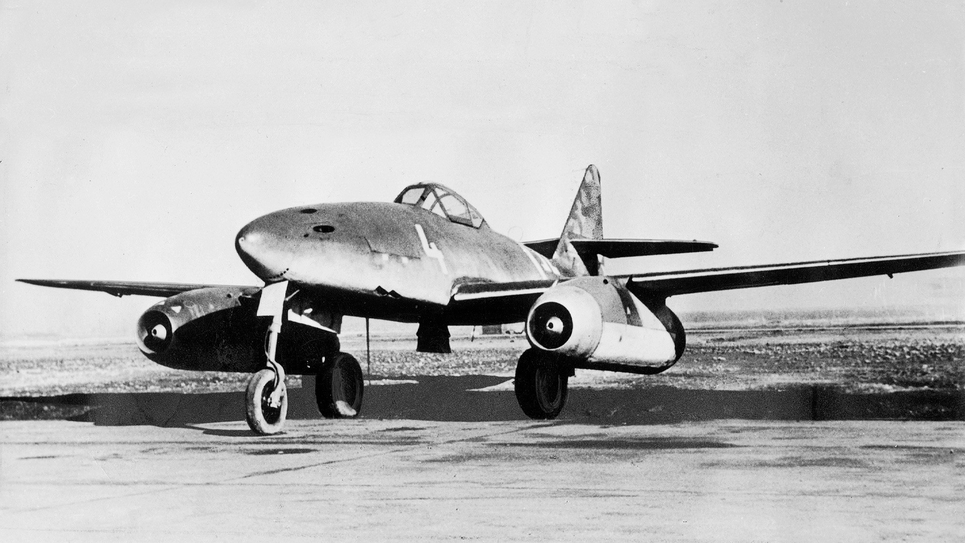 A German jet fighter Messerschmitt Me 262.