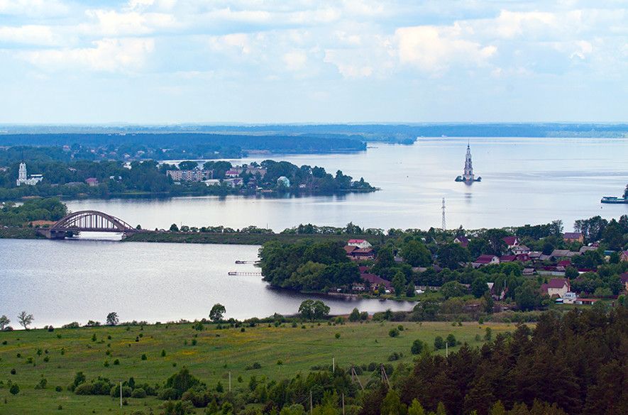 Panoramic view of the southern part of the Rybinsk reservoir.