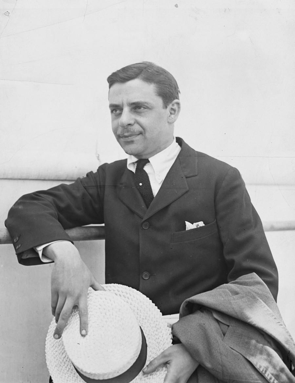 Млади Арманд Хамер, амерички индустријалац. (1922).