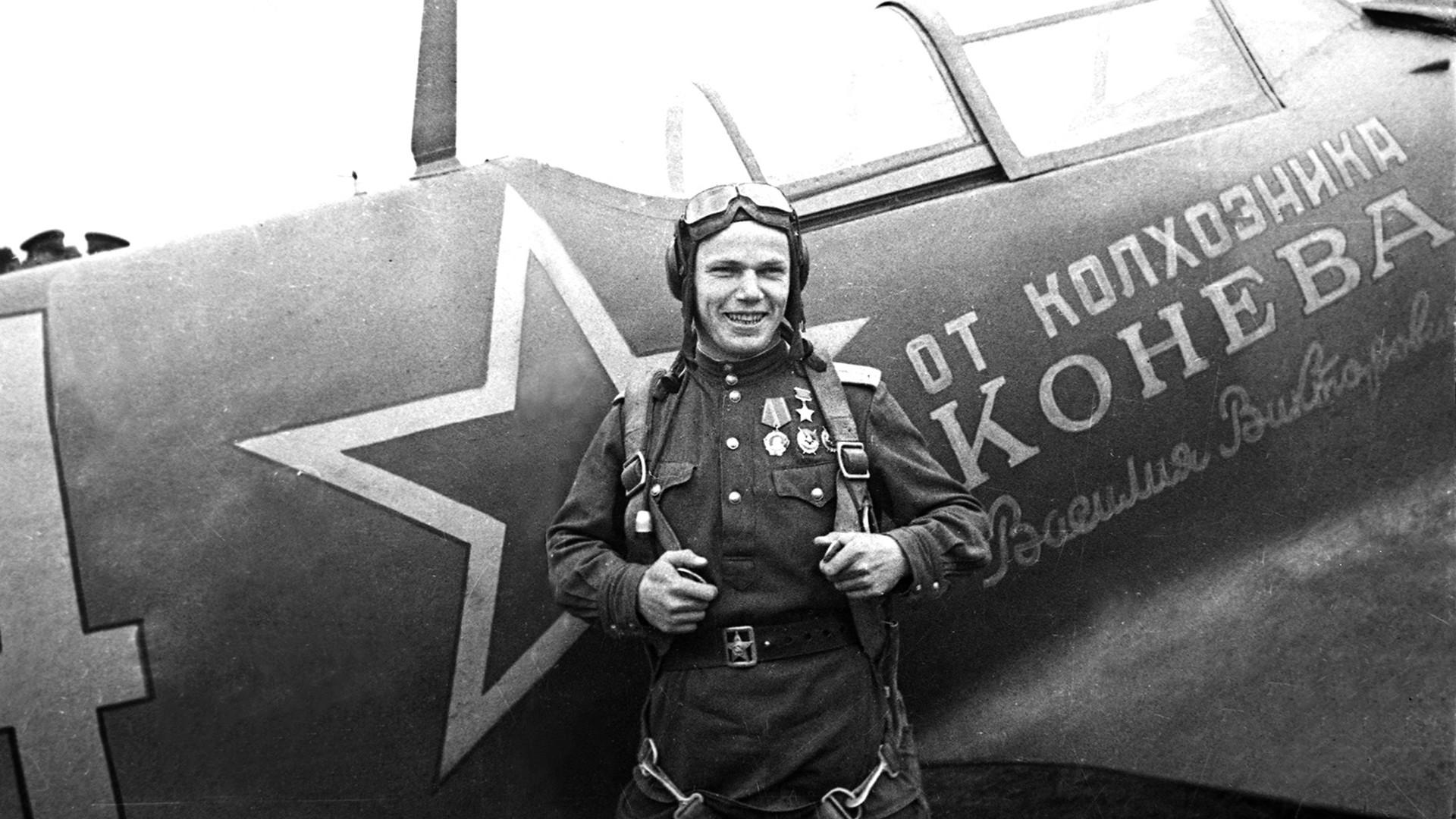 Iván Kozhedub en 1944.