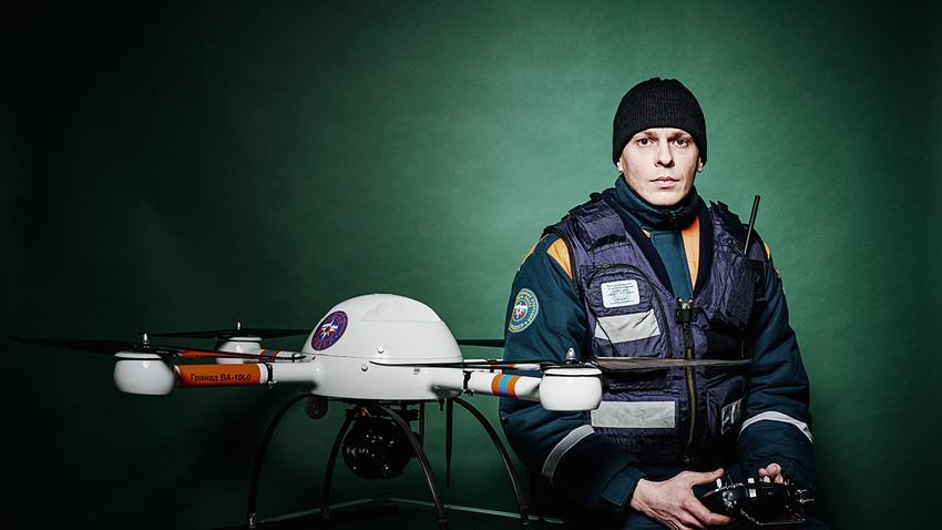 Pripadnik ruske civilne zaščite EMERCOM (MČS)