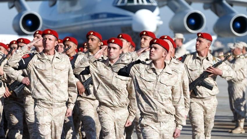 Руска војска на бази Хмејмим
