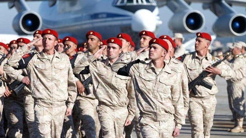 Руска војска во базата Хмејмим