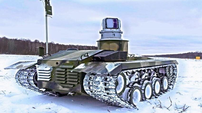 "Borbeni robot ""Nerehta-2""."