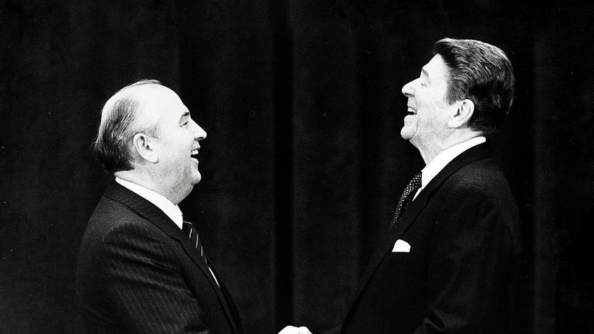 Michail Gorbatschow und Ronald Reagan