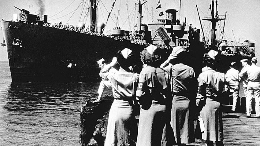 "Бродoт ""Корнелиус Харнет"", Newport News, јуни 1945."
