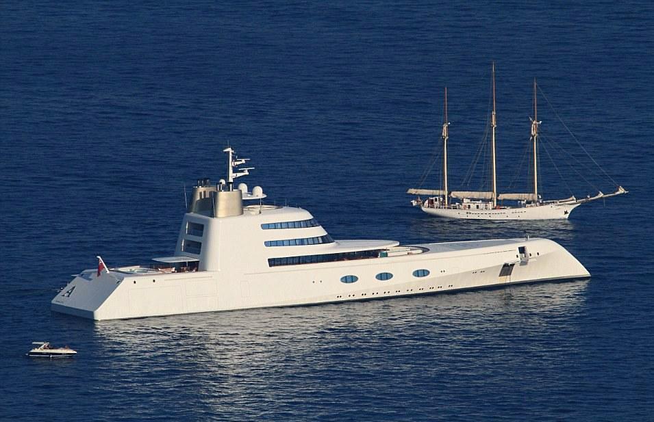"""""""Едрилицата А""""  (Sailing Yacht A)"""
