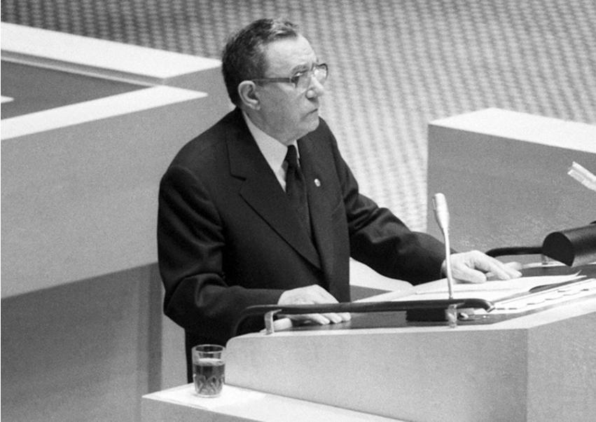 Andrej Gromiko je funkcijo zunanjega ministra opravljal 28 let (1957 - 1985).