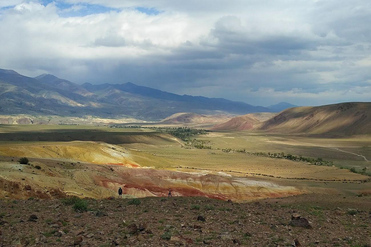 Lanskap Mars dekat Desa Chagan-Uzun di Stepa Chuyskaya.