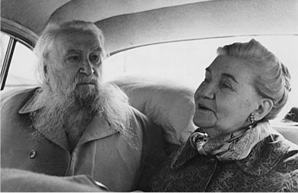 Sergej Konenkov in Margarita Konenkova v ZSSR.