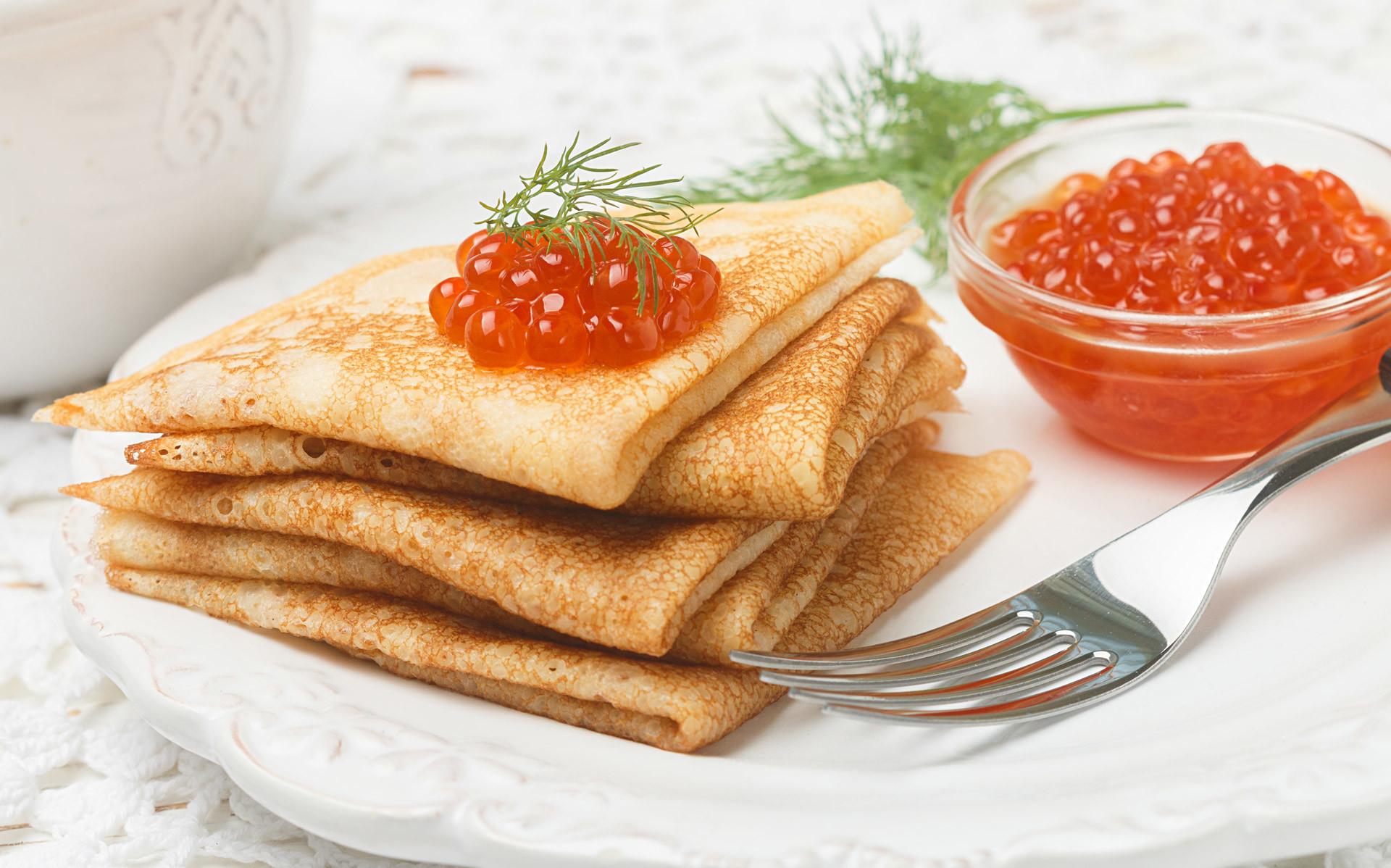ロシアのパンケーキ「ブリヌィ」