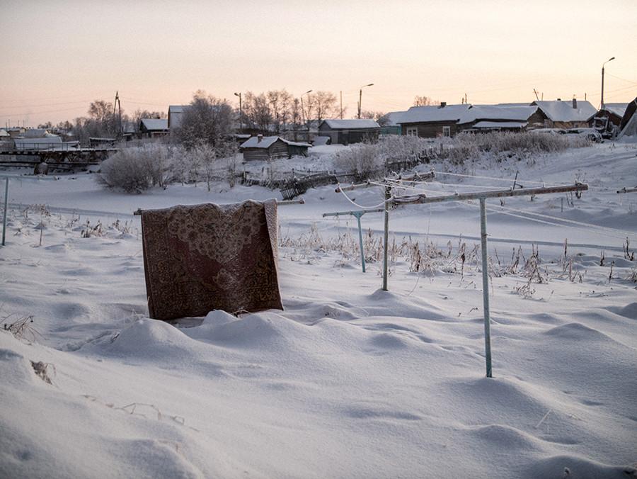 Un día polar en Lovózero.