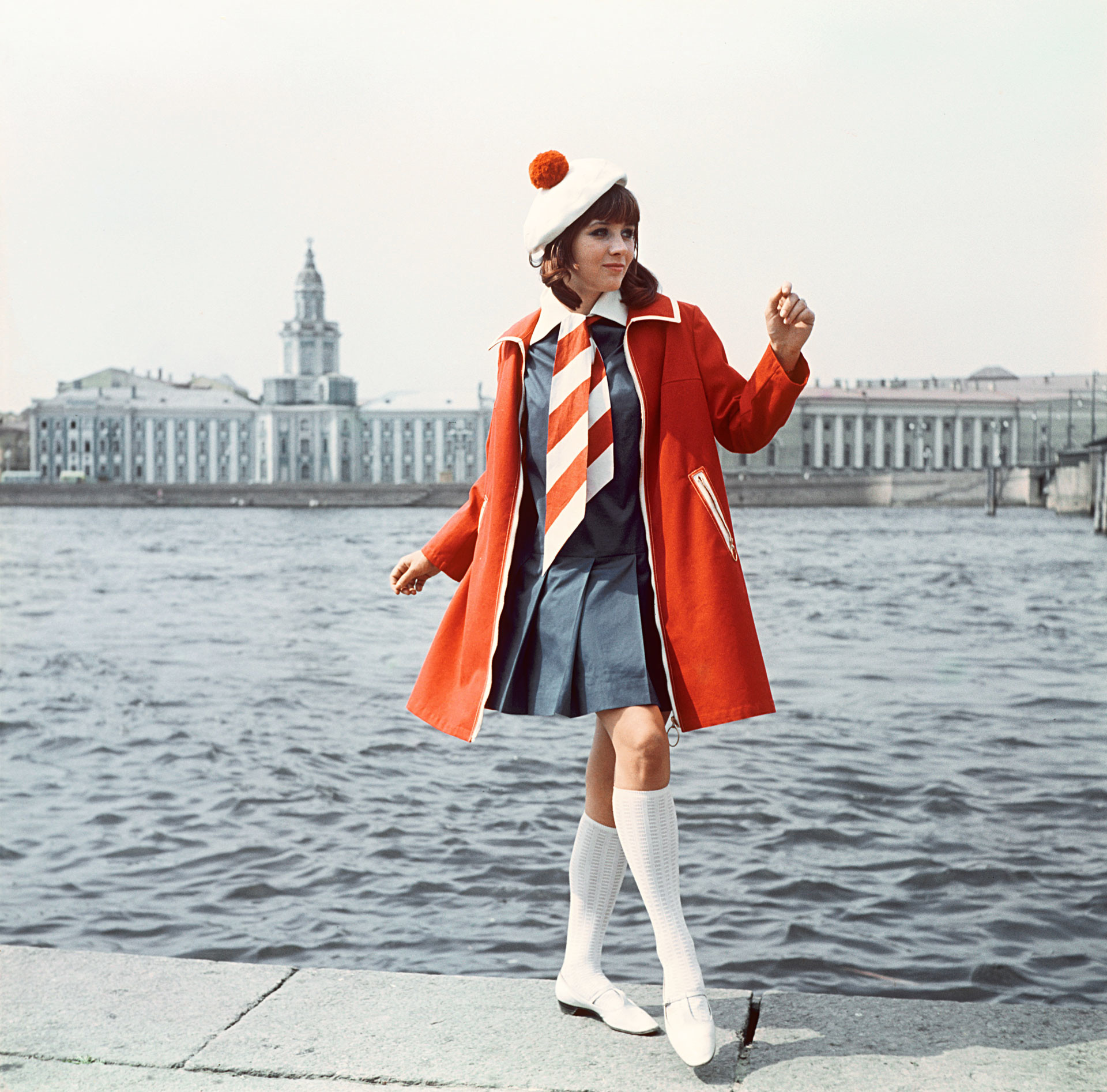 Raincoat with zipper and dress with bright tie, 1968