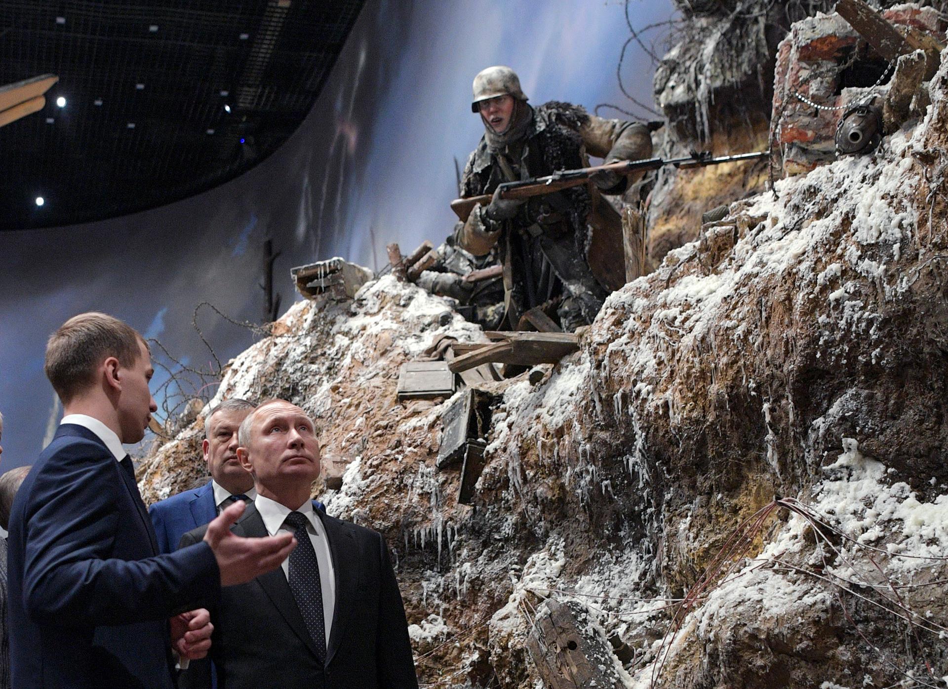 Foi Vladimir Putin quem sugeriu uma exposição permanente em 3D dedicada ao conflito.