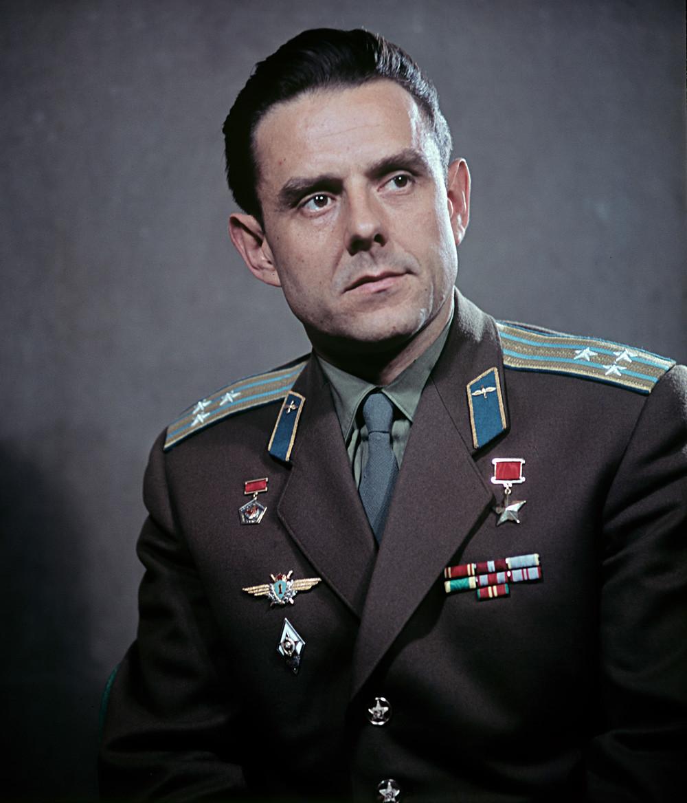 Sovjetski kozmonavt in heroj Sovjetske zveze, polkovnik Vladimir Komarov.