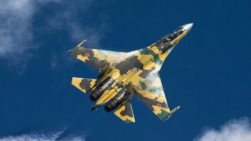Su-35, ruski multifunkcionalni supermanevarski lovac generacije 4++