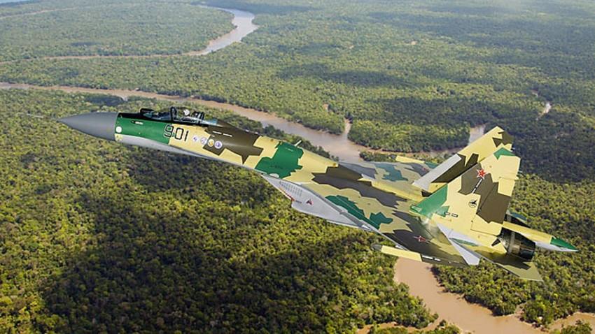 Aeronave Su-35.