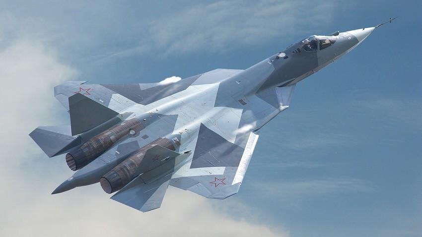 Ловецот од петта генерација Су-57