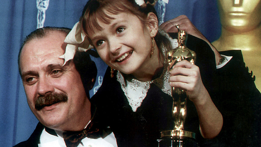 "Film-maker, actor Nikita Mikhalkov, winner of the Best Foreign Language Film Oscar from his movie ""Burnt by the Sun"", and his daughter Nadya, who appeared in one of the lead roles in that movie, holding Oscar figurine."