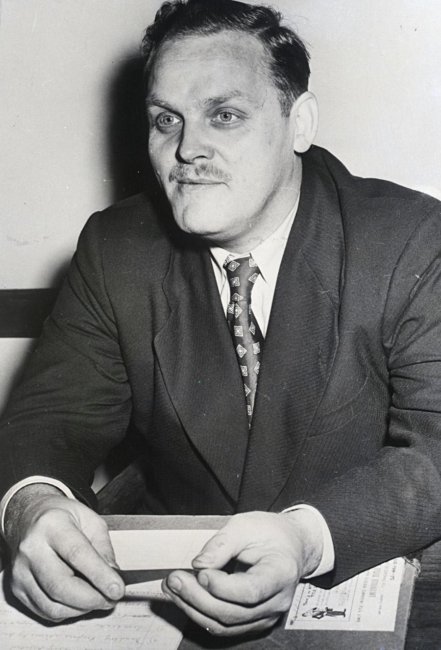 Gus Hall, US-amerikansicher Kommunist und Präsidentschaftskandidat