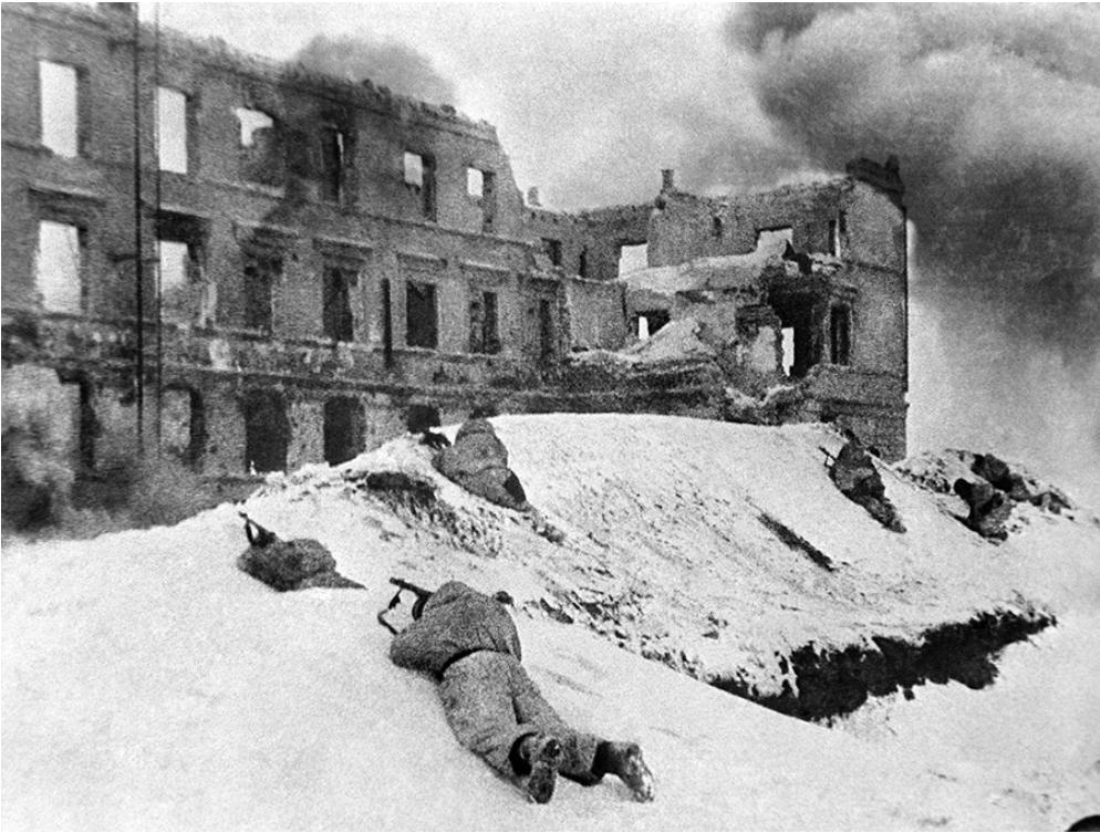 Vsaka zgradba v Stalingradu je bila spremenjena v trdnjavo.