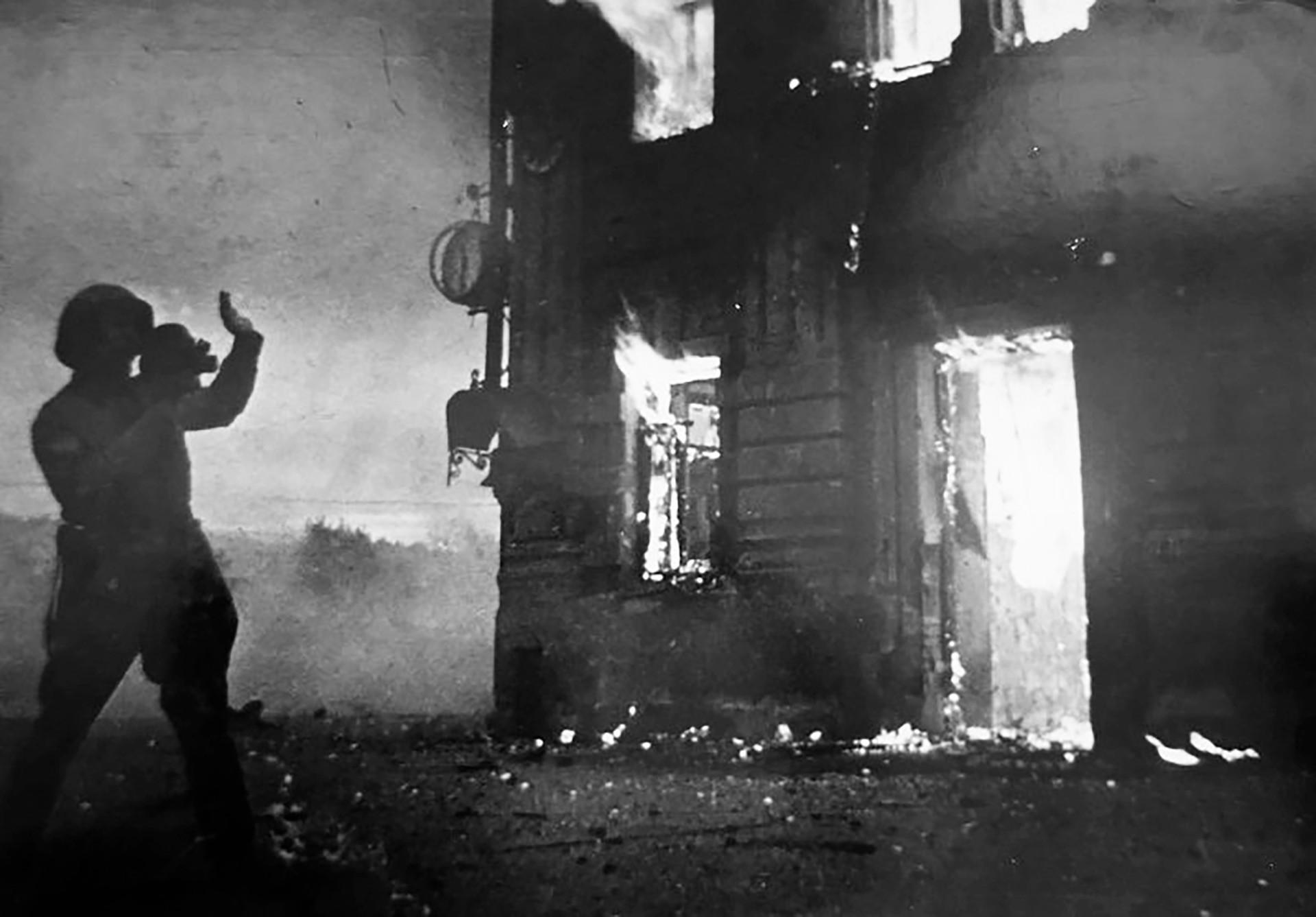 Peristiwa tersebut adalah pengeboman terbesar yang dilancarkan Luftwaffe dalam Perang Dunia II dengan 2.000 serangan mendadak.