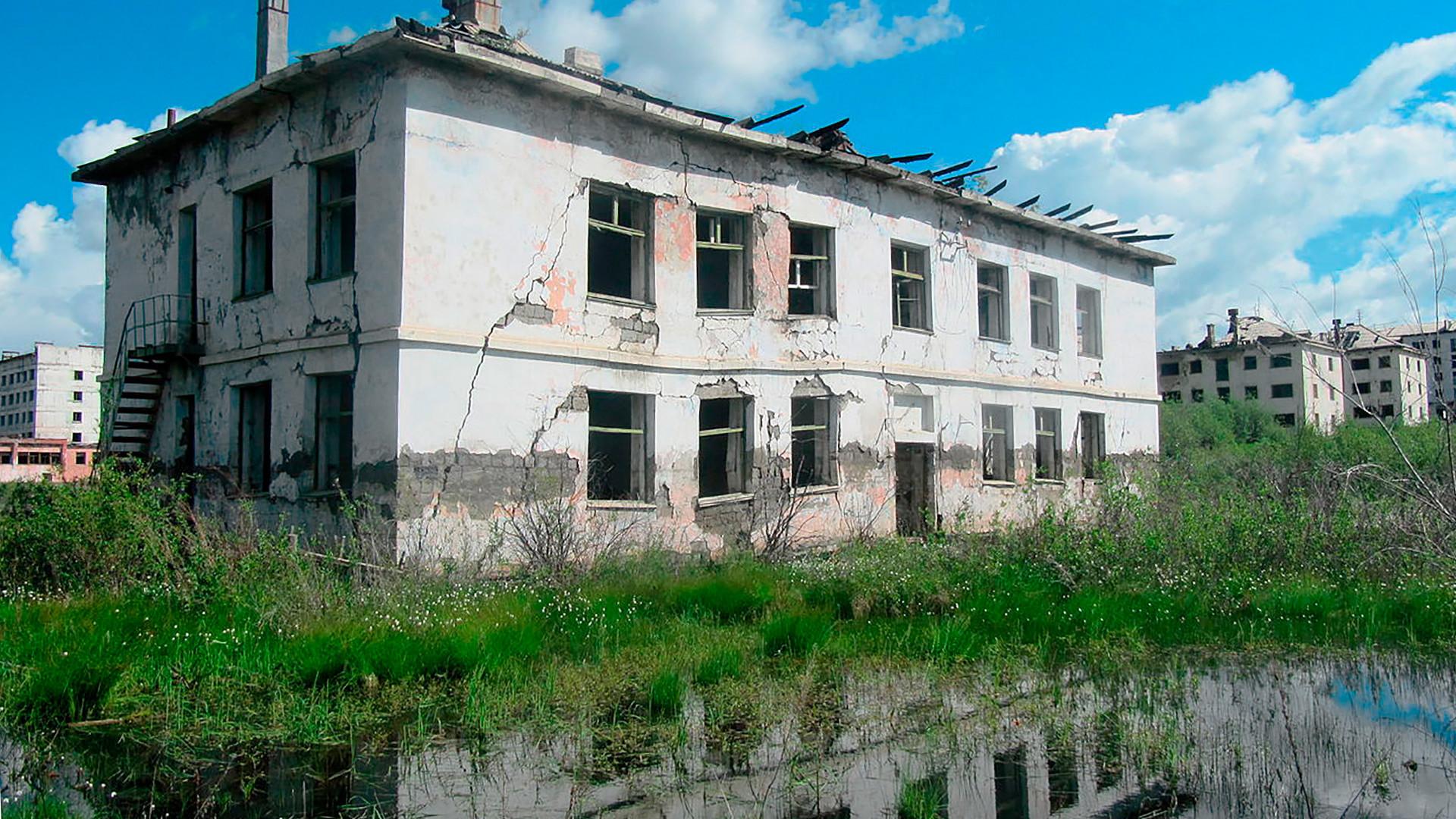 La ciudad de Kadikchán fue abandonada por sus habitantes en 1996.