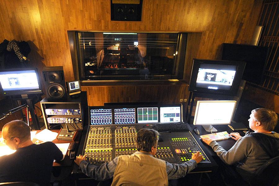 Gravação no estúdio do Mosfilm.