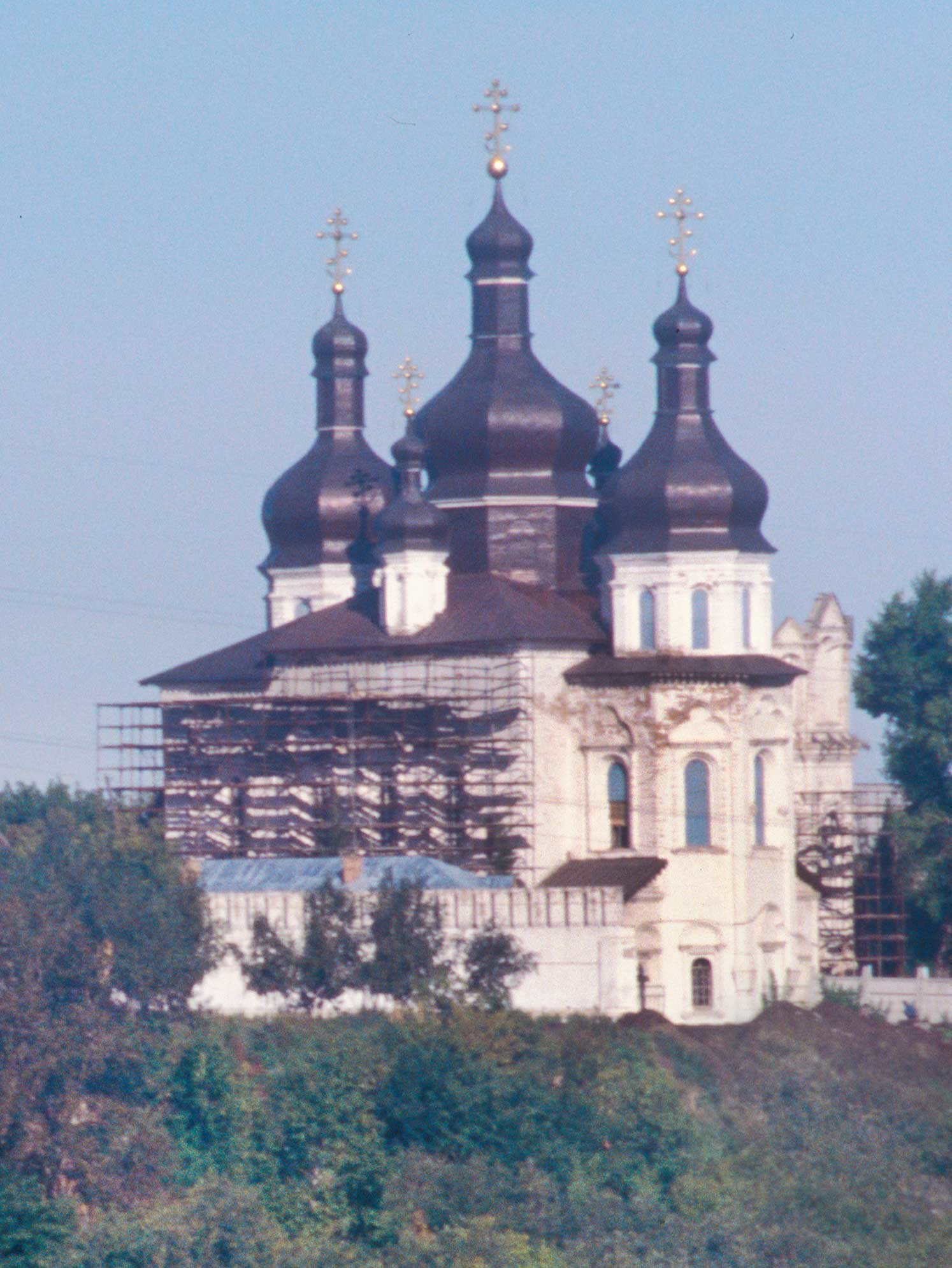 Trinity Monastery. Trinity Cathedral, southeast view across Tura River. Sept. 4, 1999.