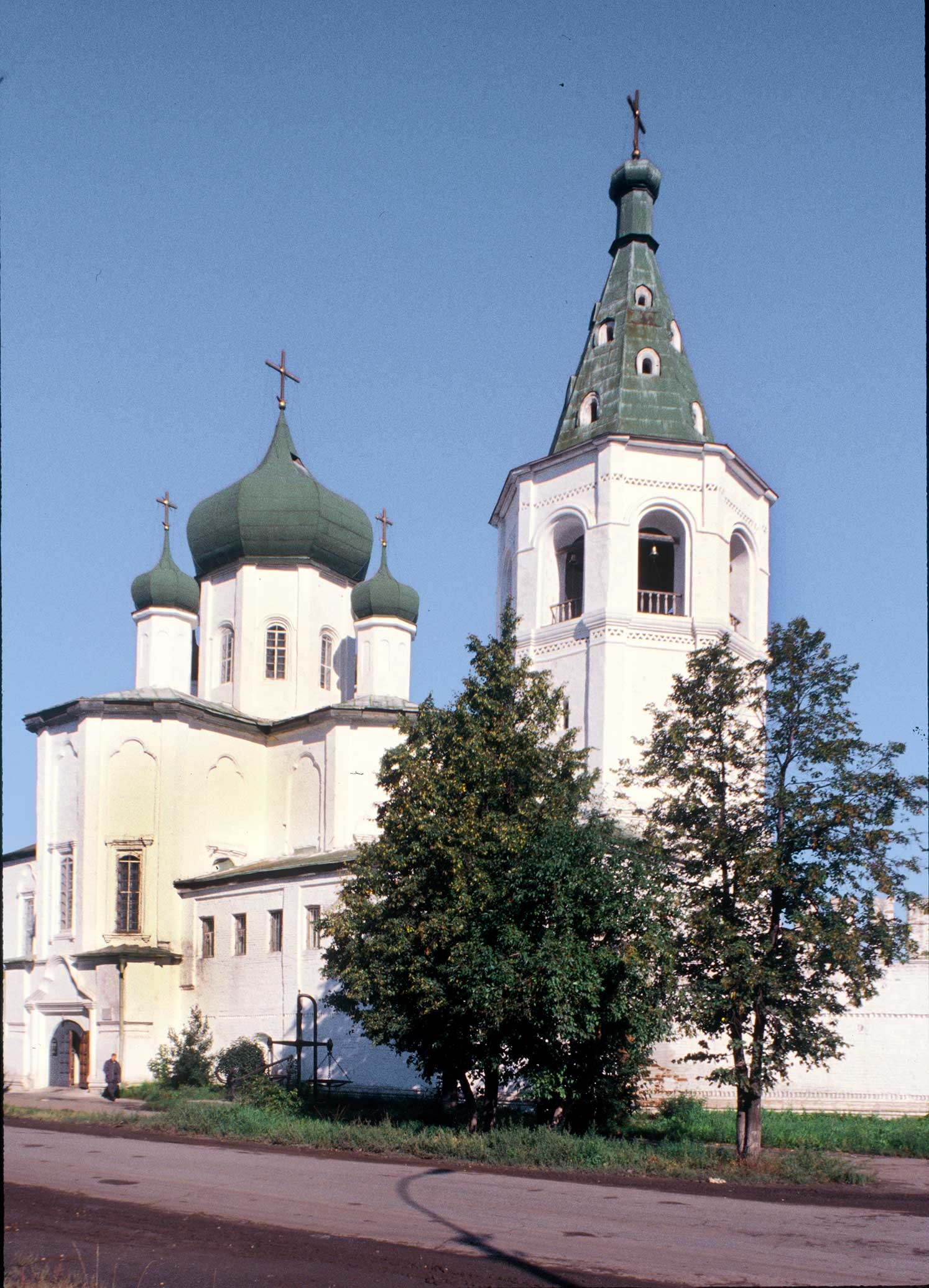 Trinity Monastery. Church of Sts. Peter and Paul&bell tower. Southeast view. Sept. 4, 1999.