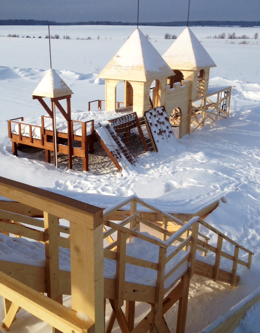 I fondatori della prima colonia IT indipendente in Russia hanno creato un parco giochi per bambini